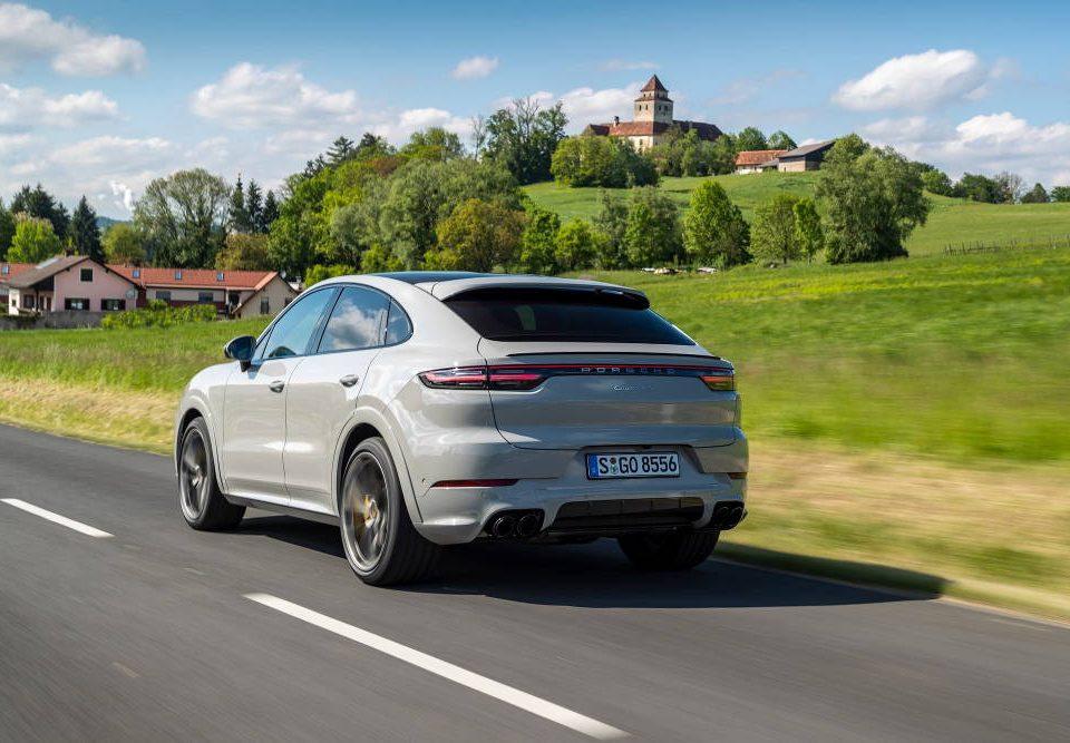 Ile kosztuje serwis Porsche Cayenne